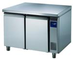 BKTF 2020 O Bäckereikühltisch Arbeitsplatte und Aufkantung - 171220 - KBS Gastrotechnik